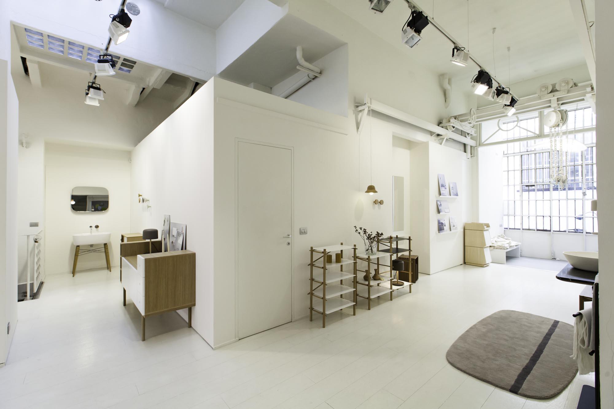 Uanof studio uanof studio produzione video e studio fotografico milano - Studi architettura d interni milano ...